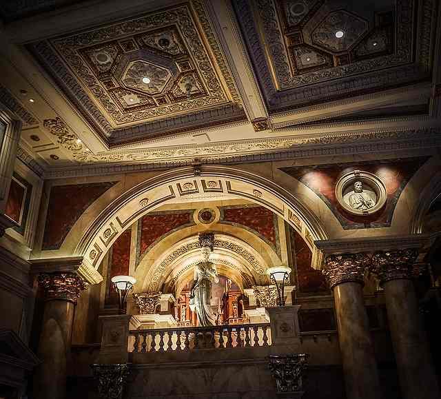 s-caesars-palace