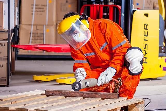 s-industrial-1636390_640