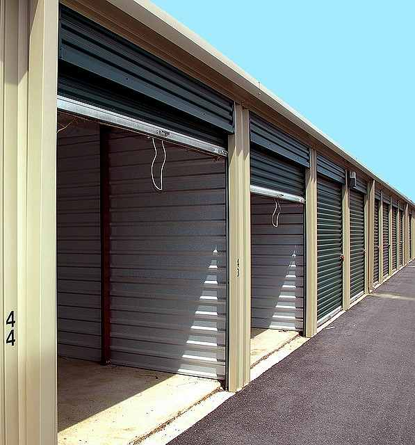 s-storage-warehouse-40