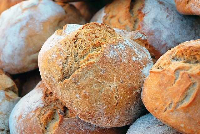 s-bread-1281053_640