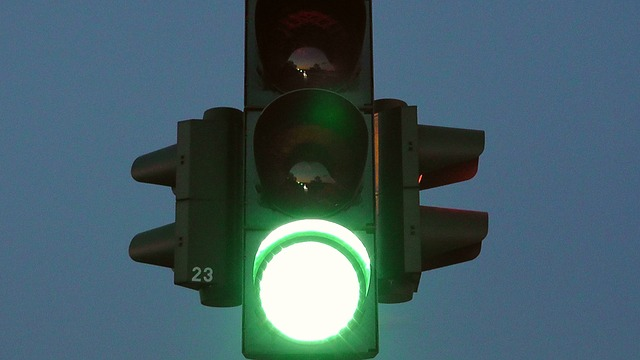 traffic-lights-77320_640