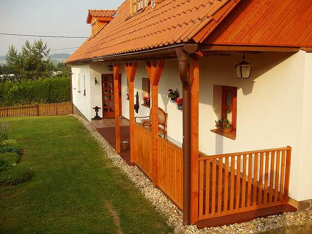 s-house-667338_640