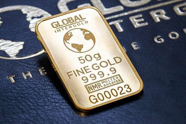 s-gold-2588579_640