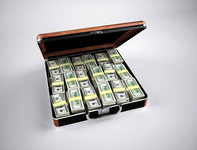 s-money-163502_640