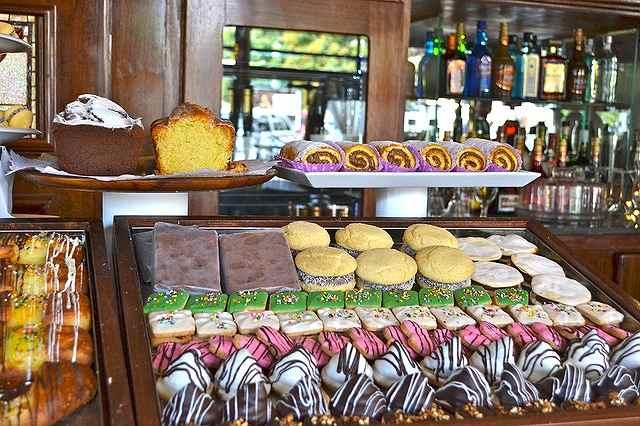 s-pastries-607989_640