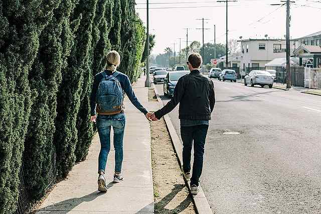 s-couple-1210023_640