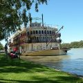 s-paddle-steamer-172638_640