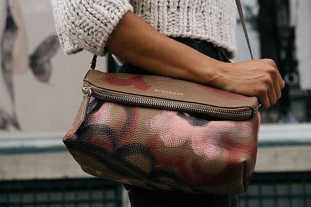 s-purse-1031547_640